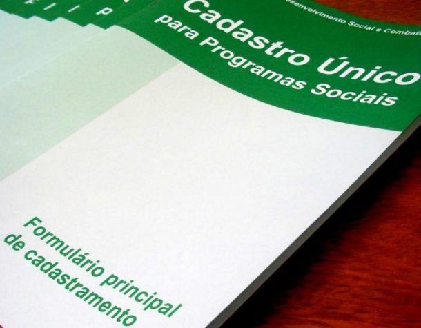 cadastro-unico-programas-sociais-610x475
